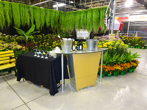Fall Garden & Mum Show corporate event space - cocktail reception