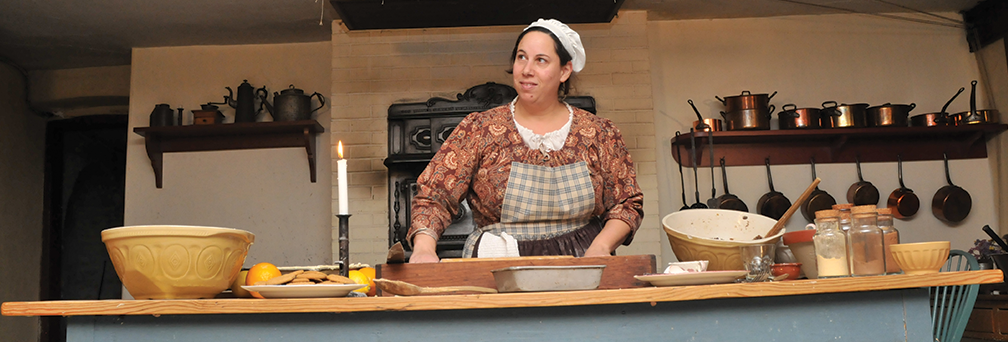 Cooking demonstration at Dundurn Historic Site